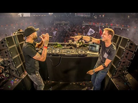 Armin van Buuren – Live at Tomorrowland 2015