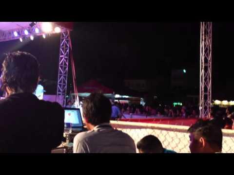 Tình còn đắm say + Lạnh – Khổng Tú Quỳnh (event Honda Nha Trang 21/ 07/ 2013)