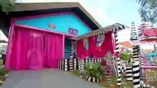 Video Conheça a história da mulher que resolveu morar em uma casa de boneca download in MP3, 3GP, MP4, WEBM, AVI, FLV January 2017
