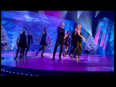 , title : 'Emma Bunton Crickets Sing For Annamaria Christmans Live'
