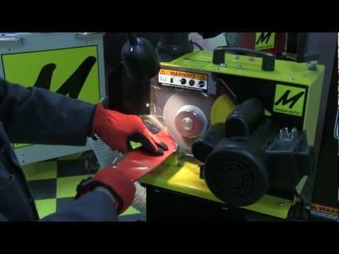 MAG-8000 Lawnmower Blade Sharpener Proper Use and Operation (видео)