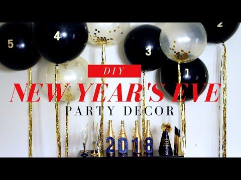 BALLOON BACKDROP | DIY NEW YEAR'S EVE PARTY DECOR