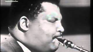 Cannonball Adderley, 1958 plays Dizzy Gillespie's A NIght in Tunisia featuring Billy Taylor, Nat Adderley, Ed Thigpen and Ed Safranski