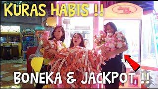 Video KURAS HABIS BONEKA DI MESIN CAPIT SAMPAI ERROR MESINNYA!! MP3, 3GP, MP4, WEBM, AVI, FLV April 2019