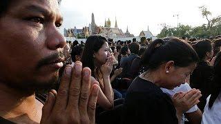 Ταϊλάνδη: Εθνική αργία σε ένδειξη πένθους για τον βασιλιά