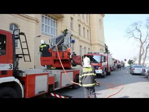 Na Bulovce nacvičovali hasiči záchranu při požáru