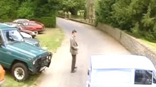 Mr. Bean -- Parking at Church - Auf dem Kirchen Parkplatz