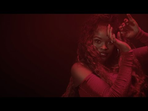 Dance Video: Mr Eazi - Pour Me Water