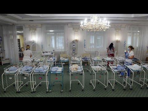 Χωρίς οικογένεια: Το δράμα δεκάδων νεογέννητων στην Ουκρανία…