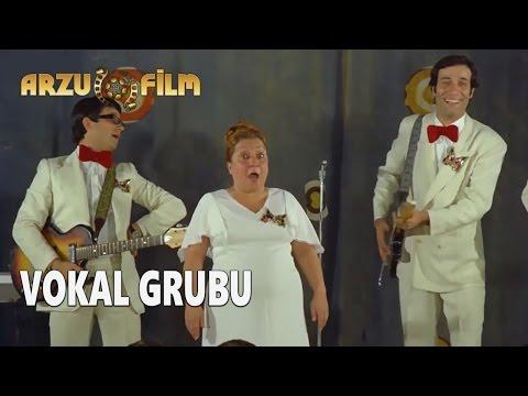 Hababam Sınıfı Uyanıyor - Vokal Grubu (видео)