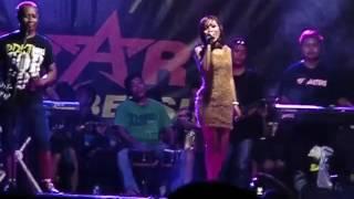 laddy wijaya{nglali} perform playen bersama PUTRA ALESA Video