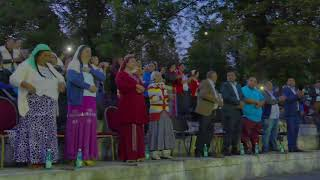Download Lagu Fratii din Bacesti - Este o vorba veche din batrani (live) Mp3