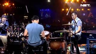 Video Iwan Fals ft Nidji - Diatas Awan - Konser Suara Untuk Negeri Jakarta MP3, 3GP, MP4, WEBM, AVI, FLV Januari 2018