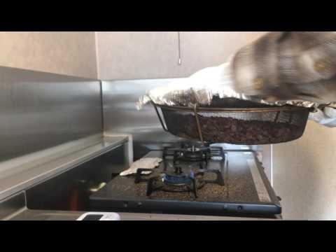 手網焙煎でケニア カグモイニAAを煎る(自家焙煎)
