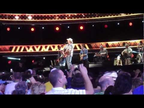 So You Don't Have to Love Me Anymore (LIve CMA Fest 2012)