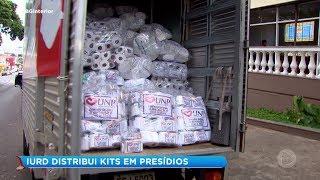 IURD distribui kits em presídios
