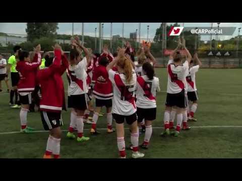 Marcelo Gallardo y Leo Ponzio visitaron al equipo de Fútbol Femenino