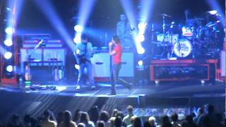 Jake Owen-I'll Go Anywhere. Live Hampton Colliseum July 26th no copyright.