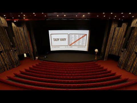 Το φεστιβάλ του Κάρλοβι Βάρι πάει σε 96 σινεμά στην Τσεχία…