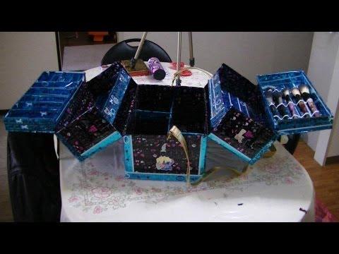 maletin de maquillaje con material reciclado