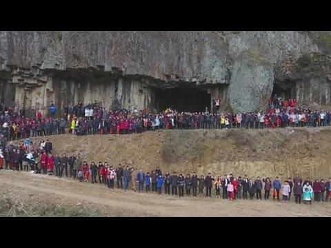 Κίνα: Οικογενειακή φωτογραφία 500…ατόμων!