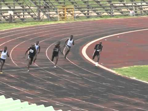 Video: Men's 200m final at Interplast-Sea & Shore National Circuit Champs