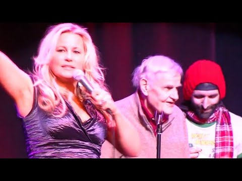 Jennifer Coolidge gives her dad a lovely bday present by having some folks sing to him....
