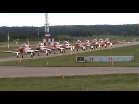 The huge aircraft:  Aircraft TP...