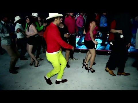 Video Bai Wadyavar Ya new marathi song dance new style in night & original village funny dance download in MP3, 3GP, MP4, WEBM, AVI, FLV January 2017