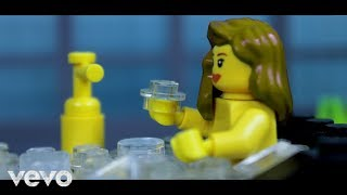 Download Lagu LEGO Taylor Swift - Look What You Made Me Do (Stop-motion) Mp3