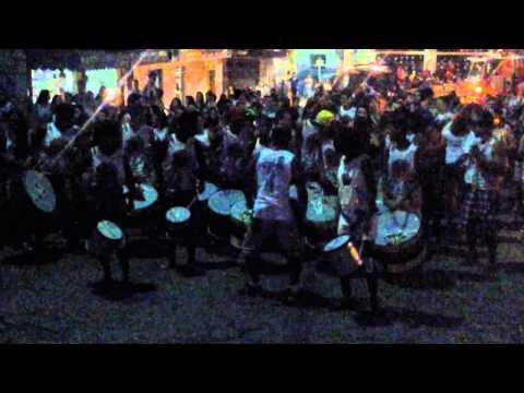 Banda Afrozumba na carretela de Vila Pavão 3