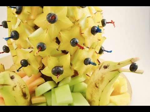How to Make a Fruit Arrangement - Edible Centerpiece | RadaCutlery.com (видео)