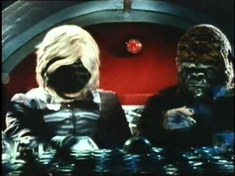 Spaceship or 'Naked Space' starring Leslie Nielsen - 1982 - Trailer