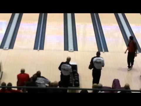 terrell - Part 1 of a few of the Past/Current NFL Star bowling in Reno in front of 10's of fans..