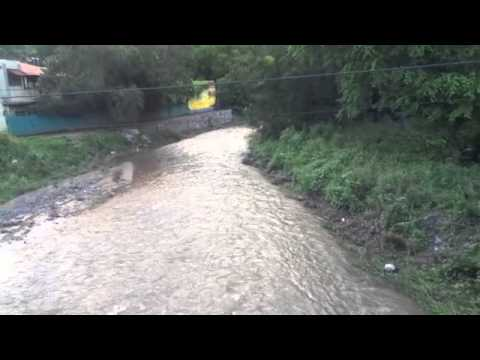 arroyo-runs-in-la-manzanilla2