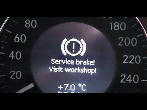 Mercedes benz service brake visit workshop фотография