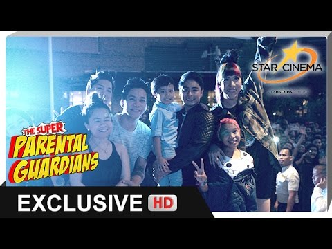 'The Super Parental Guardians' Christmas Party Caravan