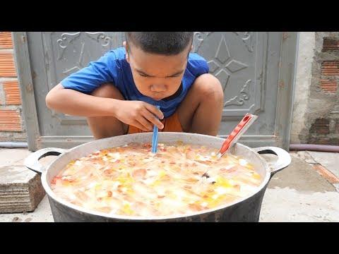 Trẻ Trâu Làm Nồi Trà Sữa Trân Châu Khổng Lồ Uống Siêu Sướng | TQ97 - Thời lượng: 12:44.