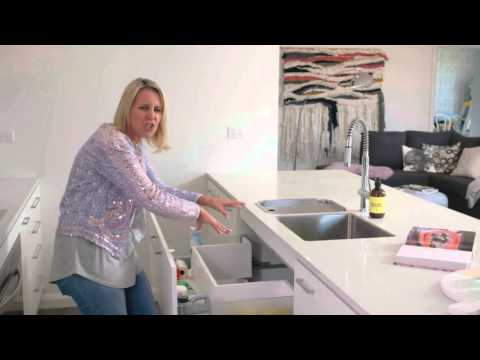 Custom Kitchen Drawers | The Home Team 2 Ep. 44