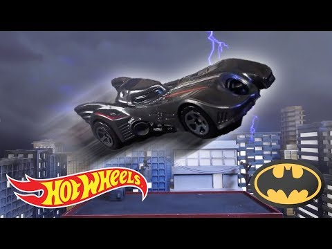 Машинка Базовая модель Hot Wheels Warner Bros. «Batman:The Animated Series» 3/5 Mattel C4982