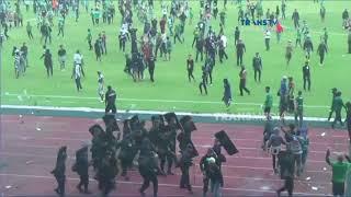 Video Persebaya Surabaya Kalah, Bonek Ngamuk, Serang Panitia Pelaksana & Petugas Keamanan MP3, 3GP, MP4, WEBM, AVI, FLV Juli 2018
