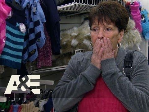 Wahlburgers: Alma Goes on a Shopping Spree (Season 1, Episode 7) | A&E