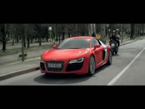 Audi R8 V10 5.2 FSI in Maranello - Maranello 'gehört' Ferrari, oder anders Maranello 'IST' Ferrari. Die deutsche Automarke Audi sieht das allerdings ein...