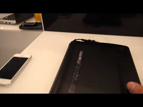 Asus X102BA Netbook Hands On at IFA 2013