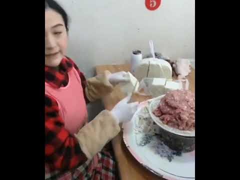Сверхскоростная лепка китайских пельменей
