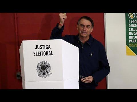 Στις κάλπες εκατομμύρια Βραζιλιάνοι – Φαβορί ο ακροδεξιος Μπολσονάρο…
