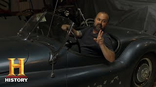 American Pickers: Tough Negotiations at a Kansas Car Museum (Season 19)   History