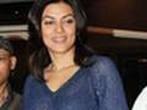 Sushmita Sen's FASHION BLOOPER!!
