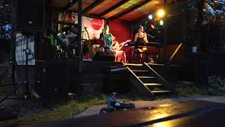 Video PJ Harvey tribute band - Down By The Water /cover