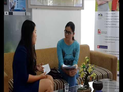 Kim Thanh - Làm việc Singapore